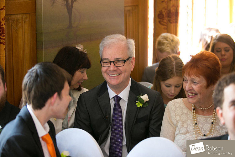 Great-Hallingbury-Manor-Wedding-Photos_10