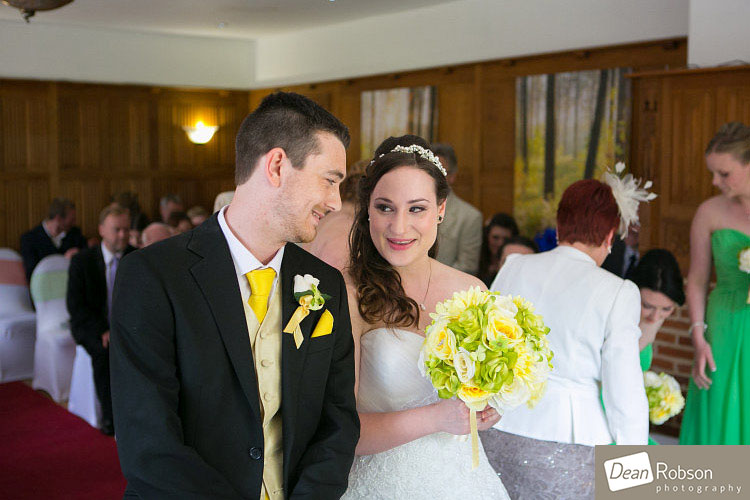 Great-Hallingbury-Manor-Wedding-Photos_11