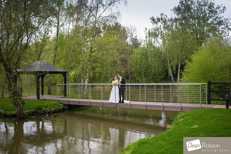 Great-Hallingbury-Manor-Wedding-Photos_21