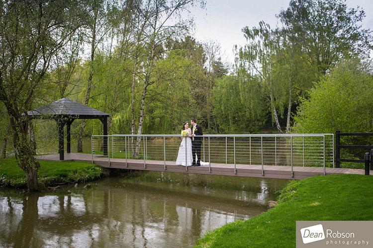 Great-Hallingbury-Manor-Wedding-Photos_21