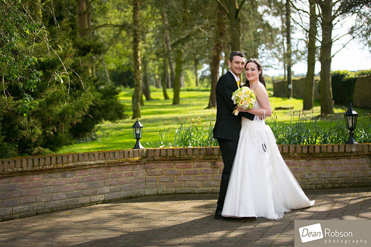 Great-Hallingbury-Manor-Wedding-Photos_26