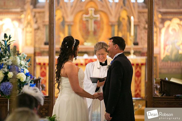 2014-Fanhams-Hall-Wedding-Photography_16