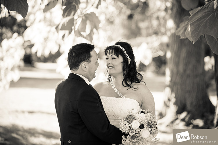 2014-Fanhams-Hall-Wedding-Photography_28