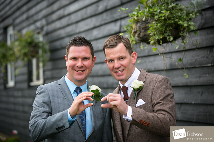 Room-In-The-Rodings-Wedding-Photo_11