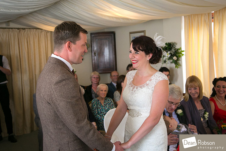 Room-In-The-Rodings-Wedding-Photo_18