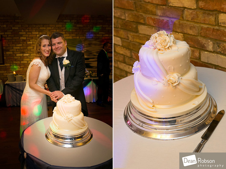 Great-Hallingbury-Manor-Wedding-Photography_31