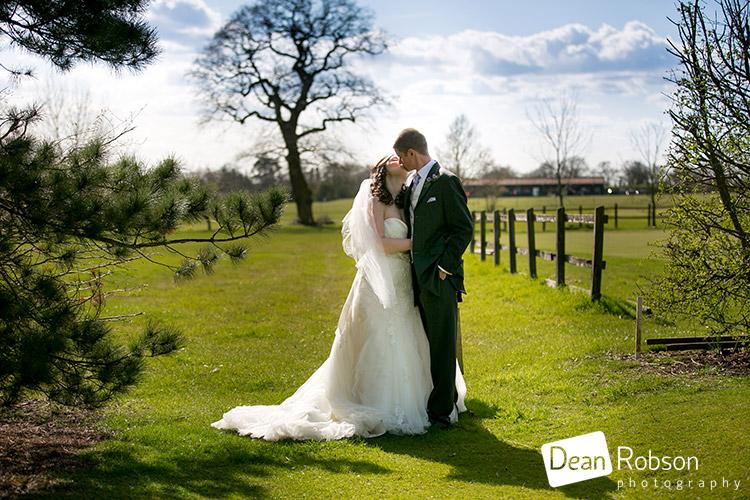 Fynn-Valley-Golf-Club-Wedding-Photography-01