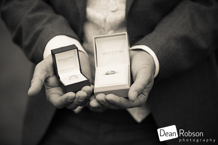 15-05-15-Blake-Hall-Wedding-Photography-09