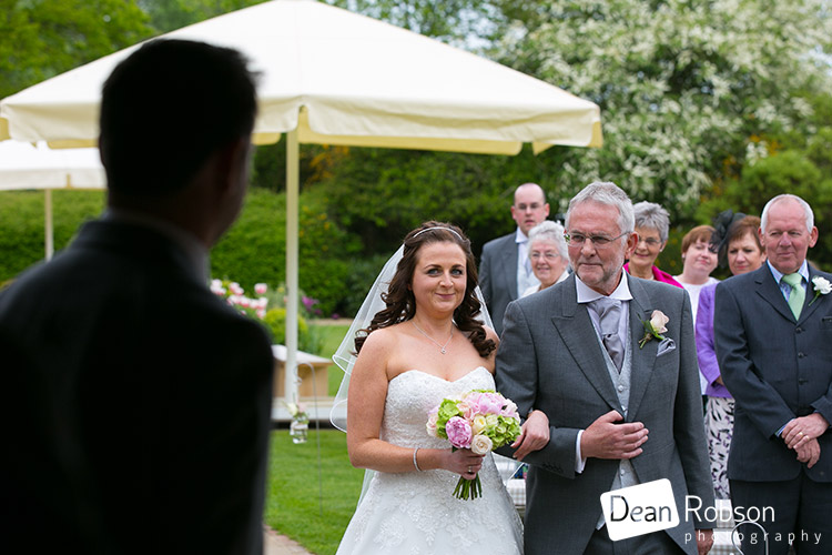 15-05-15-Blake-Hall-Wedding-Photography-18