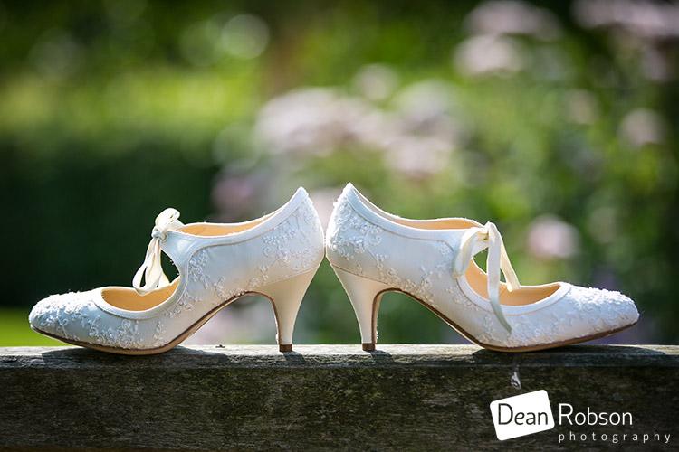 Tewin-Bury-Farm-Wedding-Photography-2015_03