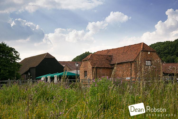Tewin-Bury-Farm-Wedding-Photography-2015_07