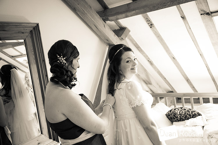 Tewin-Bury-Farm-Wedding-Photography-2015_12