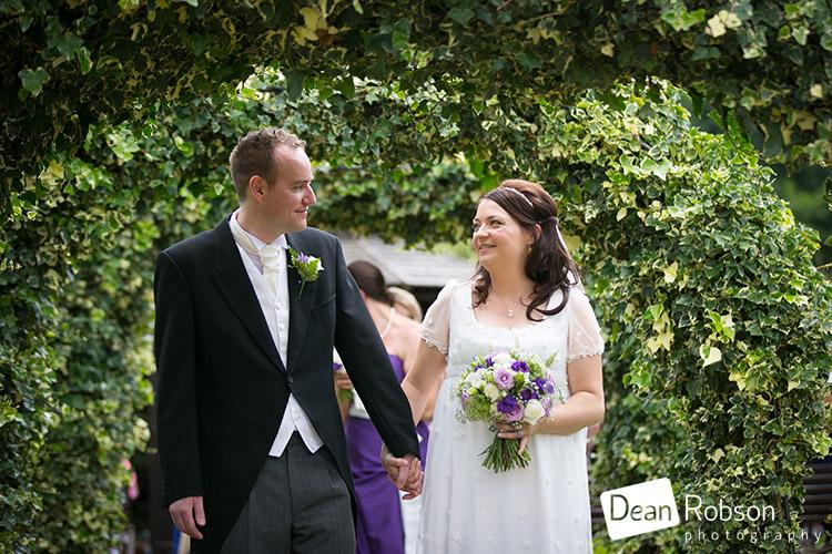 Tewin-Bury-Farm-Wedding-Photography-2015_19