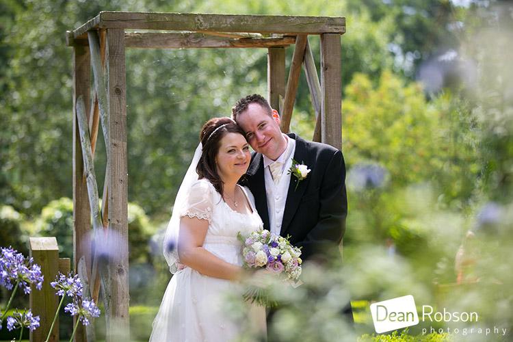 Tewin-Bury-Farm-Wedding-Photography-2015_28