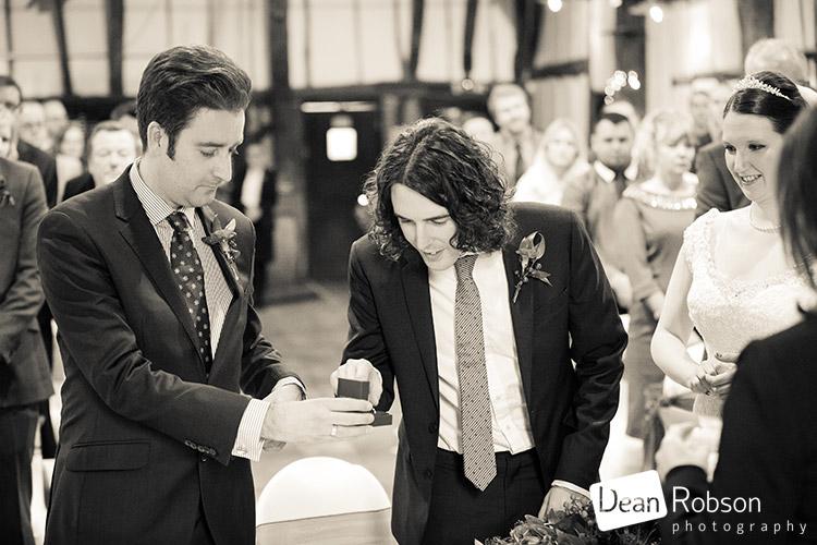 Bedford-Barns-Hotel-Wedding-2015_24