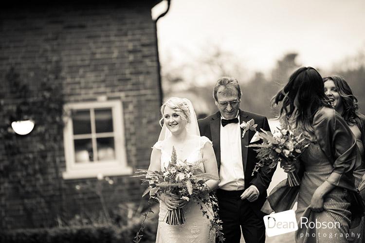 Gaynes-Park-Wedding-Photography-2015_14