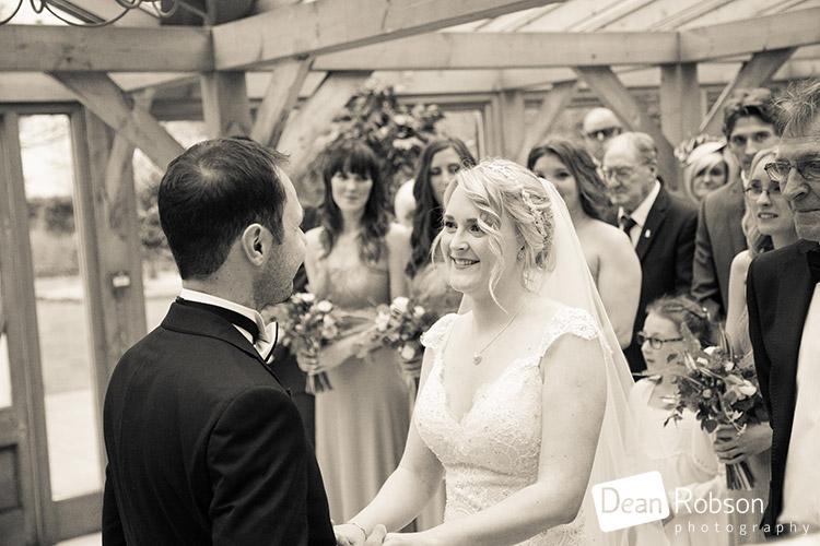 Gaynes-Park-Wedding-Photography-2015_17