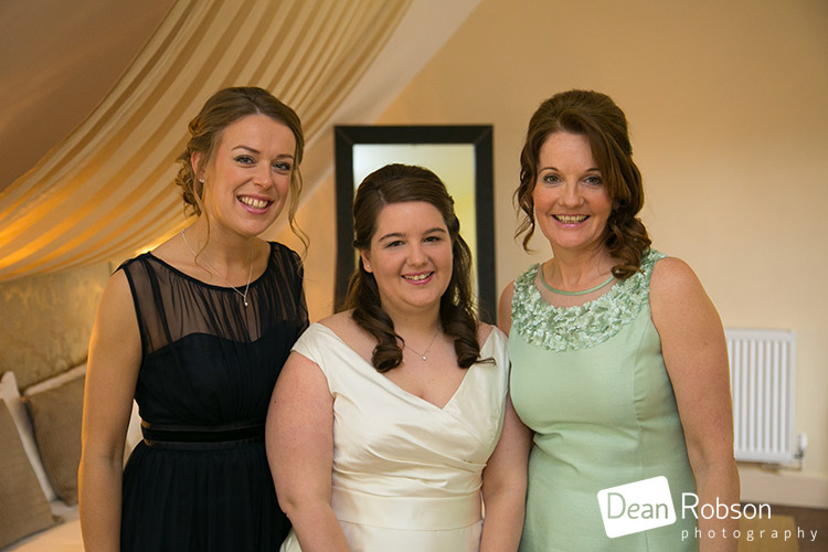 Great-Hallingbury-Manor-Wedding-Photography-2016_17