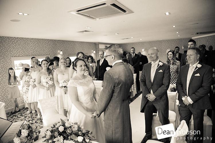 Wyboston-Lakes-Hotel-Wedding-Photography_22