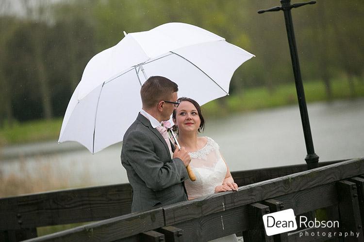 Wyboston-Lakes-Hotel-Wedding-Photography_43