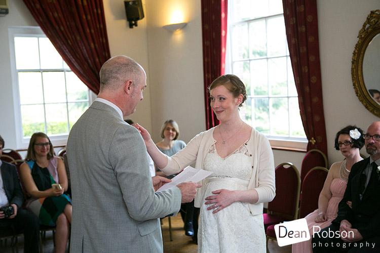 Hertford-Castle-Wedding-Photography_13
