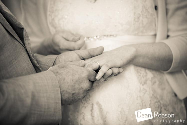 Hertford-Castle-Wedding-Photography_17