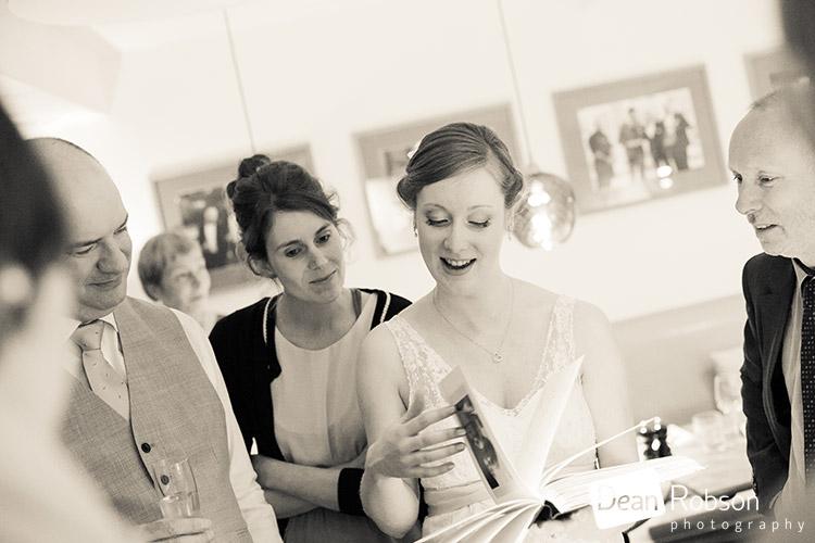 Hertford-Castle-Wedding-Photography_30