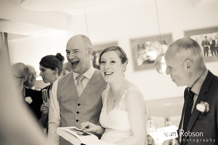 Hertford-Castle-Wedding-Photography_31
