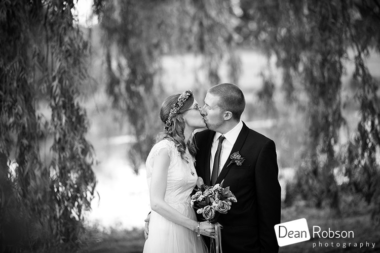 Reid-Rooms-Essex-Wedding-Photography_44