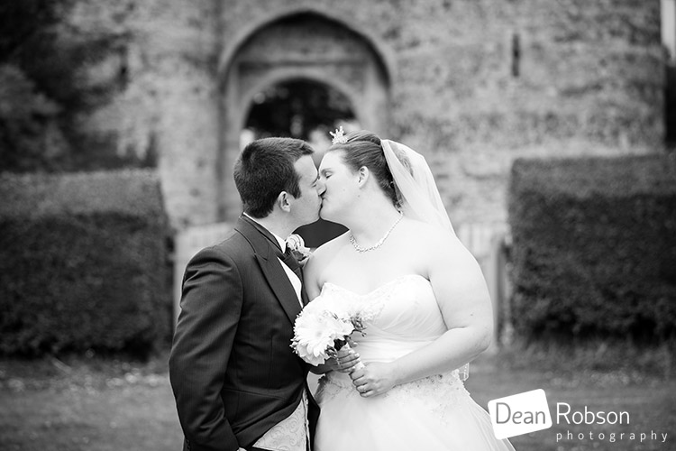 Cooling-Castle-Wedding-Photography_29