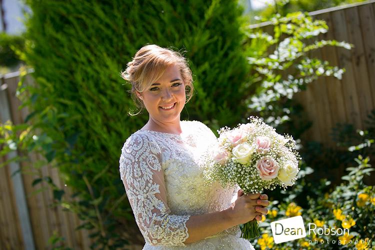 Moor-Hall-Wedding-Photography-Essex_09