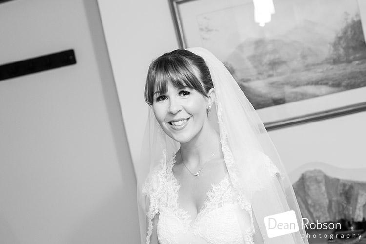 Aldwick-Court-Farm-and-Vineyard-Wedding-Photography_12