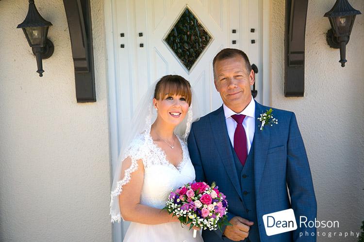 Aldwick-Court-Farm-and-Vineyard-Wedding-Photography_14