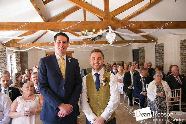 Aldwick-Court-Farm-and-Vineyard-Wedding-Photography_17