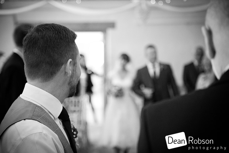 Aldwick-Court-Farm-and-Vineyard-Wedding-Photography_18