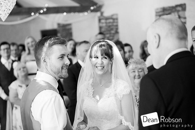Aldwick-Court-Farm-and-Vineyard-Wedding-Photography_21