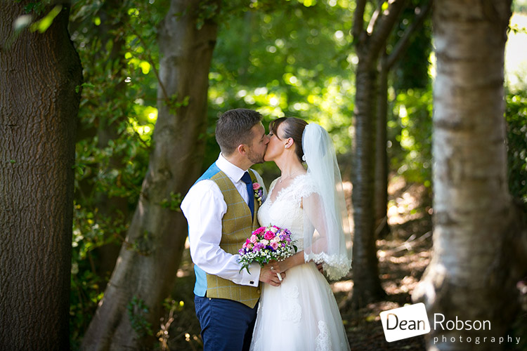 Aldwick-Court-Farm-and-Vineyard-Wedding-Photography_32