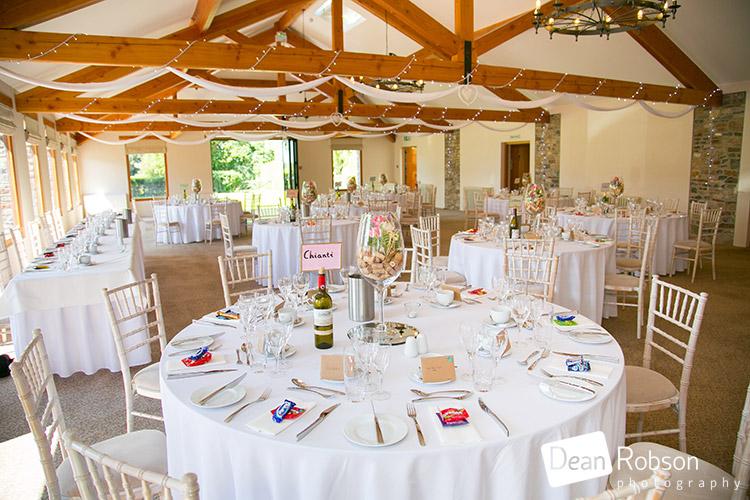 Aldwick-Court-Farm-and-Vineyard-Wedding-Photography_34