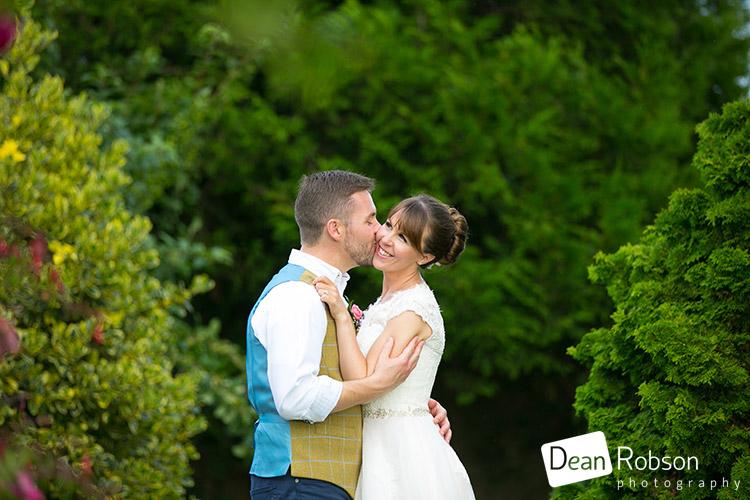 Aldwick-Court-Farm-and-Vineyard-Wedding-Photography_45