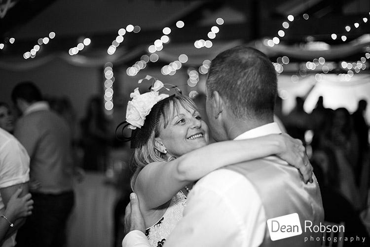 Aldwick-Court-Farm-and-Vineyard-Wedding-Photography_53