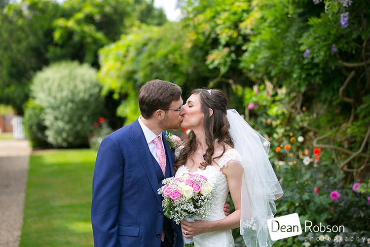 Wedding-Photography-Blake-Hall-August-2016_22