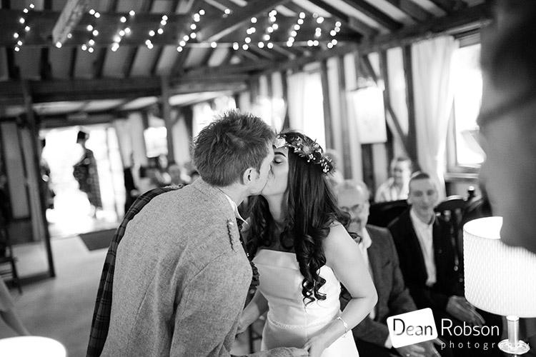 Reid-Rooms-Wedding-Photography-January-2017_25